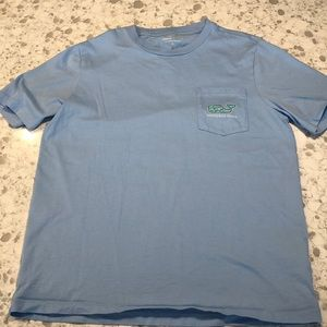 Boys vineyard vines shirt large